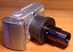 Canon A70 mit Adapter montiert